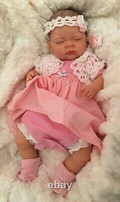 Annabell NEWBORN BABY Child friendly REBORN doll cute Babies