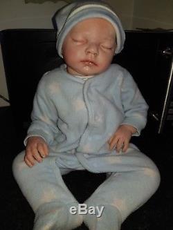 Baby reborn doll