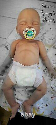 NEW 22 Newborn Full Body Silicone Baby Girl Doll Riley