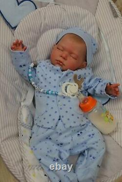 REBORN BABY DOLL CARTER 7lbs CHILD SAFE, OUTFITS VARY, ARTIST 9yrs SUNBEAMBABIES