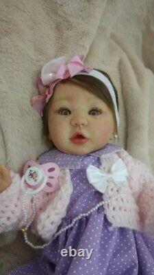 Reborn Baby Doll Realistic 3/4 Silicone Hindra Real Girl Artesanal Handmade