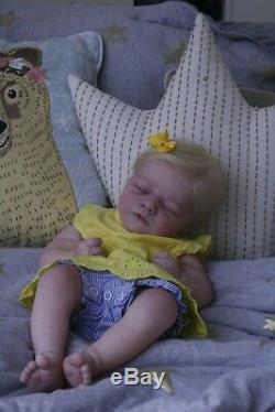 Sweet Amazing Reborn baby doll girl Maddy 19'' Brooklyn sleeping