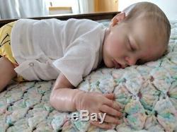 Twin B by Bonnie Brown reborn infant/baby doll EUC